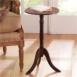 Traditional Pedestal Table