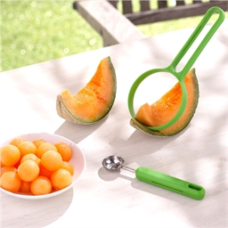 Green utensils for melons