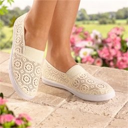 Openwork Walking Shoes