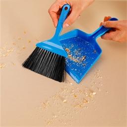 Table crumb pan and brush