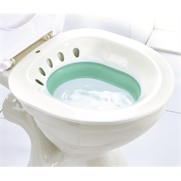 Retractable toilet bidet
