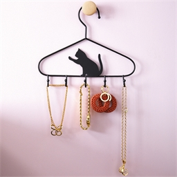 2 cat accessory hangers