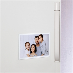 18 magnetic photo pockets