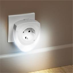 Nachtlichtje met ingebouwd stopcontact