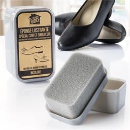 Shoe polishing sponge