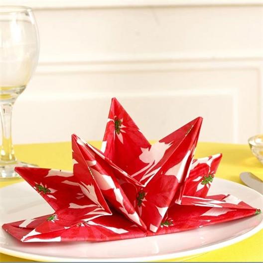 Red pre-folded poinsettia serviettes