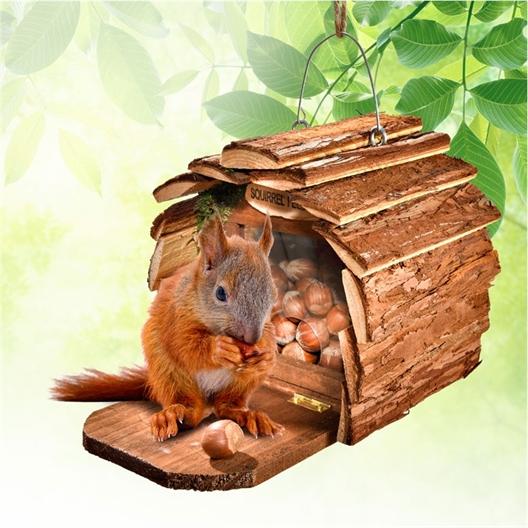 Voederhuisje voor eekhoorns