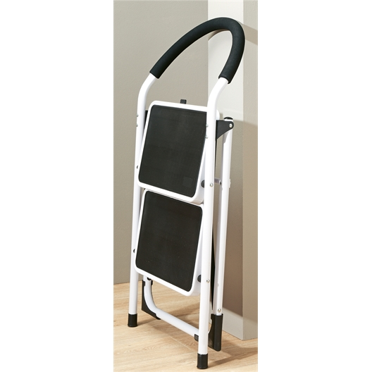 Two-step safety stepladder