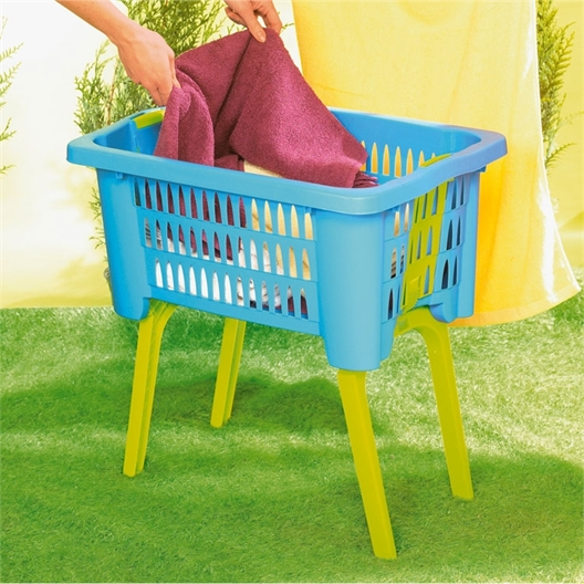 Laundry basket with foldaway legs