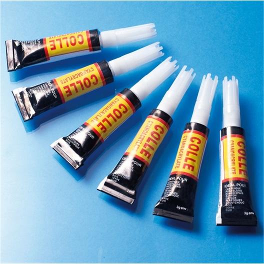 6 tubes de colle