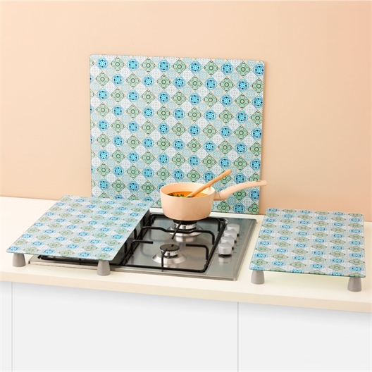 2 blue Moorish hob covers / Blue Moorish splashback