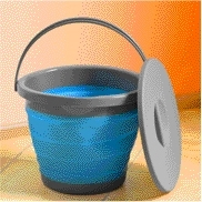 Folding blue bucket with lid