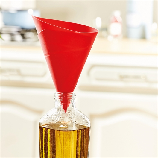 Adjustable funnel
