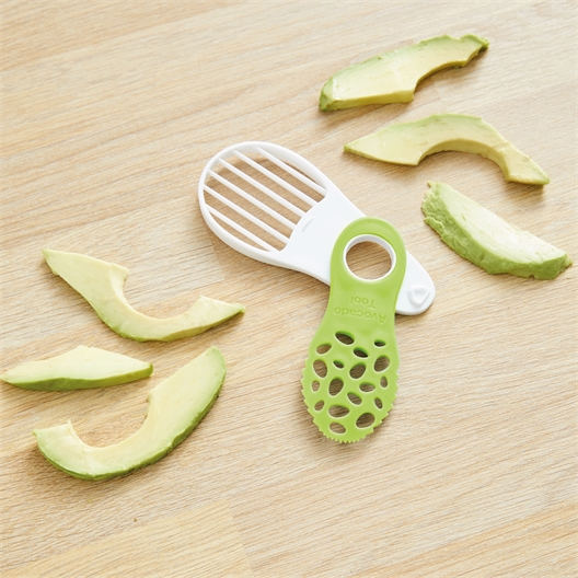 4 in 1 avocado cutter